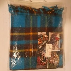 Blue Vintage Faribo Comfort Casuals 50x60 throw